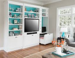 how to decorate built in bookshelves in family room family room