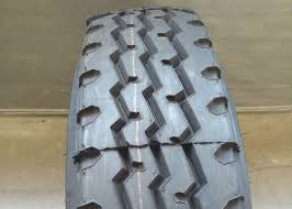 100 Lt Truck Tires Radial Ply 700R16LT Light Tyres Low Rolling Resistance