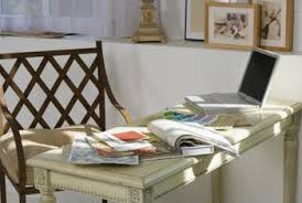 Antiquing White Wood Furniture With Glaze to Bring Out the Details