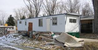 The Drastic Facelift Came About Thanks To University Of Colorado And Architecture Professor Michael Hughes They Were Given A Dilapidated Mobile Home