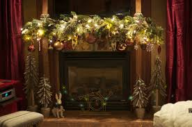 Pretty Christmas Garland Decorating Ideas And Natural Fireplace At Rustic Family Room Design Party Make Fresh Home Made