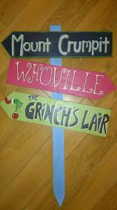 Whoville Christmas Tree Ornaments by Grinch Christmas Arrows By Woodlandaffair On Etsy 50 00 Amy