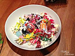 Top Halloween Candy In Each State by Does France Celebrate Halloween See How The French Trick Or Treat