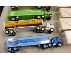 LOT OF 5 WINROSS MODEL TRUCKS WITH ORIGINAL PACKAGING Lot Of 5 Winross Model Trucks With Original Packaging Diecast Wner Semi Truck Trailer Toy 6 Door Truck For Sale News Of New Car Release And Reviews Vintage Tractor Double Trailer Roadway Semi In Box Lloyd Ralston Toys Trucks Sales Toy Ford Historical 9 Tractor Galaxie 4 Winross 1999 Railway Express Agency White N9000 Stake Leaseway Transportation 995 Pclick Amazoncom Abf Freight 900 Vintage Buy 1985 Gfs Gordon Food Service Ford Cl9000 W 28 Ft