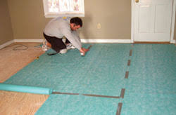 Vinyl Floor Underlayment On Concrete by Installing A Laminate Floor Extreme How To