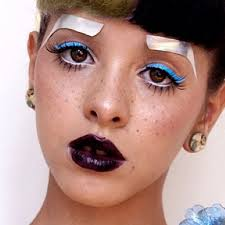 Makeup Ideas melanie makeup Melanie Martinez Makeup Blue Eyeshadow Eyeshadow u0026 Wine Lipstick