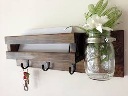 Diy Key Holder For Rustic Home Decor Ideas 22