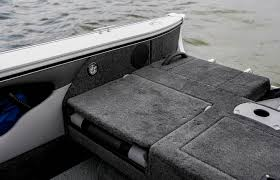 Lund Catch All Floor Mats Canada by Lund Boats Fish And Ski Boats Crossover Xs Series