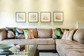 wohnung interieur wohnzimmerszene mit tropischem motiv stockfoto und mehr bilder architektur