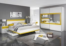 chambre jaune et gris best chambre adulte grise et jaune photos design trends 2017