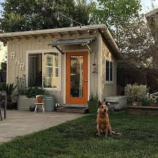 Backyard Sheds Jacksonville Fl by St Louis At Home Magazine Artist Rachel Roe U0027s She Shed Backyard