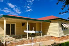 100 Bligh House 55 St North Tamworth NSW 2340 Australia For Lease