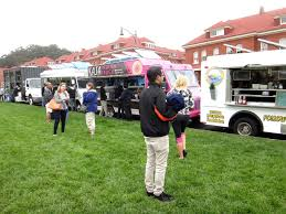 The Fashionably-Forward Foodie: Off The Grid Picnic @ The Presidio ... The Amazing Food Trucks Of Northern California Foodbitchess Did You Rember A Chai Urn Green Avvocato Off The Grid Fort Mason Center Is Nearly Back And How Inside Food Delivery San Francisco Kasa Indian Menu How To Make Container Trucks Rc Youtube Truck Tour Day 1 Fiveten Burger Wrap Car Wraps Pinterest Truck To Operate Lift Gate Soma Streat Park 3d Wrap Design By David Bavati Ad