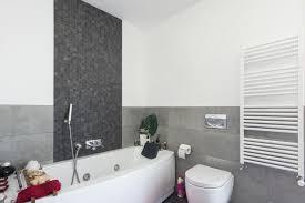 badsanierung in acht schritten zum neuen badezimmer das