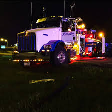 100 Kidds Trucks LinMar Towing Recovery Emergency Roadside Service Morton