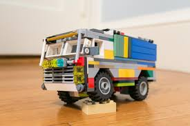 Multicolored Dakar Rally Truck With Suspension : Lego
