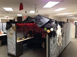 halloween cubicle decorating ideas recycled halloween decorations