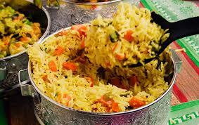 cuisine avec du riz riz d accompagnement traditionnel vite fait bien fait