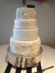 800x800 1376248548852 Elegant Ruffled Wedding Cake