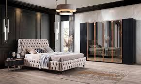 tesla schlafzimmer schwarz