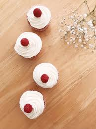 Raspberry Vanilla White Chocolate Cupcakes