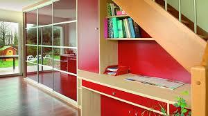 installer une bibliothèque dans les escaliers