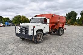 100 Feed Truck 1972 IH Loadstar 1600 56264miles Musser Bros Inc