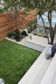 Chic city garden in Kentish Town with artificial lawn Millboard
