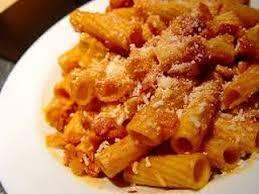 pates a l amatriciana ricetta veloce pasta all amatriciana recipe pasta