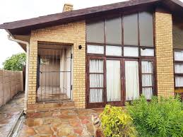 100 Metal Houses For Sale 3 Bedroom House For Sale In Factreton