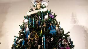 Whoville Christmas Tree Decorations by Native American Christmas Tree Youtube