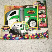 100 Lego Toysrus Truck Toys R Us Eating Truck Toys Games Others On Carousell