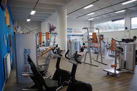 accès à une salle de sport l orange bleue marseille 13