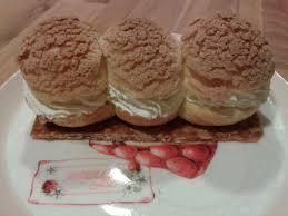 trio de choux craquelins sur nougatine recettes de desserts