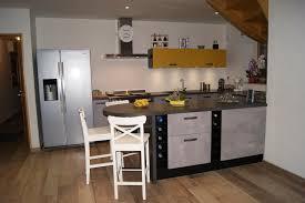 cuisine en u avec table réalisations cuisine en u avec table en arrondie de cuisines
