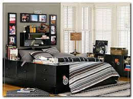 3 Amazing Bedroom Ideas For A Young Man