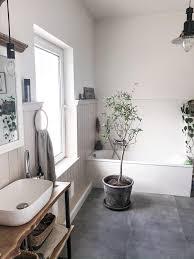 badezimmer mit wandvertäfelung olivenbaum bath