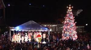The Grinch Christmas Tree Scene by The Grinch Christmas Tree Lit At Balboa Park Nbc 7 San Diego