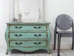 How Do You Antique Furniture