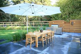 Dazzling Cantilever Patio Umbrella In Landscape Modern With Shade Structures Next To Hog Wire Panel Fencing Alongside Outdoor Bbq Area And Diy