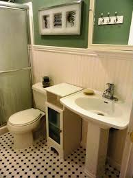 Small Bathroom Wainscoting Ideas by Remarkable Pictures Of Bathrooms With Wainscoting Images Ideas