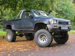 1980 Toyota Hilux Lifted Wallpaper | 1024x768 | #25413