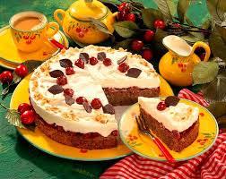 nuss mascarpone torte mit kirschen