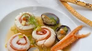 cuisiner merlan recette médaillons de merlan au bouillon de crustacés cuisiner