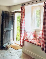 Country Curtains Post Road East Westport Ct by Best 25 Modern Cottage Style Ideas On Pinterest Modern Cottage