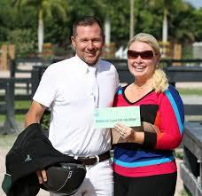 eric lamaze brings ssg gloves bonus money total to 15 000