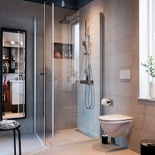 ein kleines aber ruhiges funktionelles badezimmer ikea