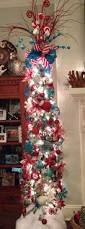 Pencil 6ft Pre Lit Christmas Tree by Best 25 Pencil Christmas Tree Ideas On Pinterest Skinny