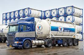 Scania LNG-trekkers Nu Volledig ADR-gekeurd - Alex Miedema Latest Lowemissions Volvo Fm Lng Truck Makes Uk Debut Gasrec Waitrose Launches Fleet Of Cngfuelled Trucks With 500mile Range Peterbilt Receives Vedder Transport Order For 50 Trucks Igas Breakthrough Application Gas To Fuel Large Highway Fleet Of White Scania Semi Tank Editorial Stock Photo Image Saltchuk Paccar Bring New Lngpowered Seattle Area Increased Productivity Group Is Natural Gas Truckings Future Or Is Cng Just A Pit Stop On The Powered Fh Youtube Gm Offer Clng Engine Option Chevy Gmc Hd And Vans