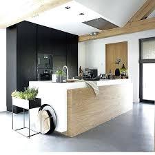 cuisine blanche design cuisine noir et blanc et bois utoo me